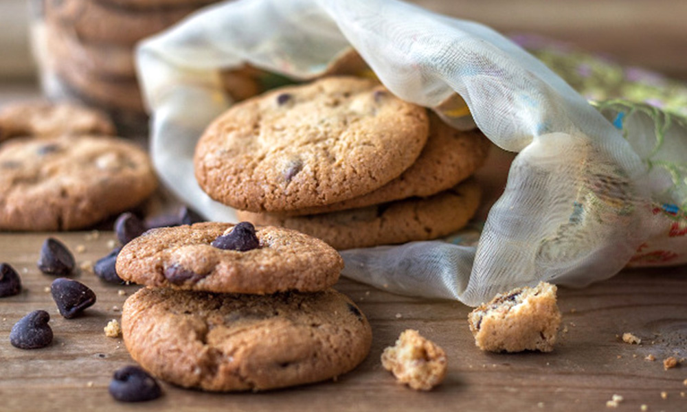 What's better than banana flavored chocolate chip cookies? Banan flavored chocolate chip cookies infused with Banana Kush —time to go bananas.