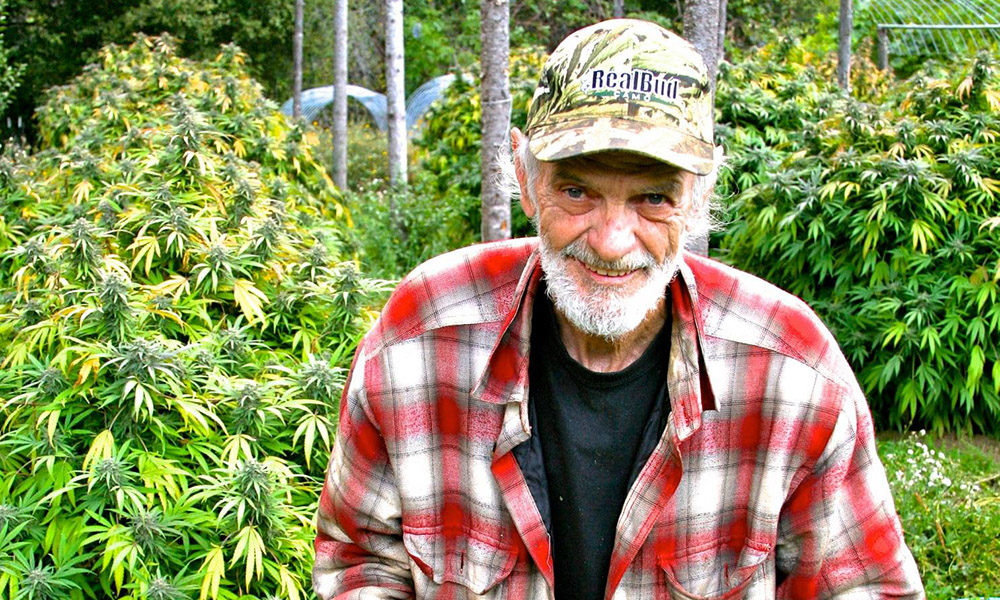 Legendary Emerald Triangle Freedom Fighter B.E. Smith Dies at 72 | Cannabis Now