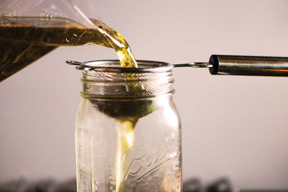 make cannabis-infused simple syrup for mocktails